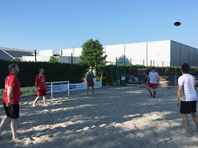 Warming-Up bei Beach-Football